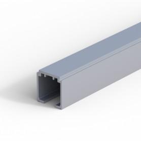 Binario in alluminio anodizzato argento, 33x31 mm.2000